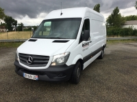 location utilitaire 10m3 3 places bordeaux locaway location renault master mercedes sprinter. Black Bedroom Furniture Sets. Home Design Ideas